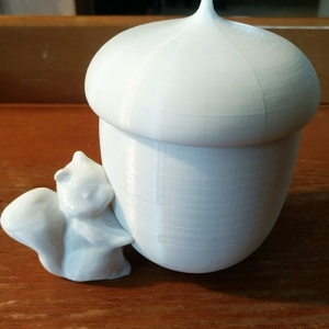 squirrle-candle-holder1